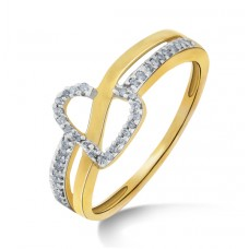 Gold Ring With Diamond Delight